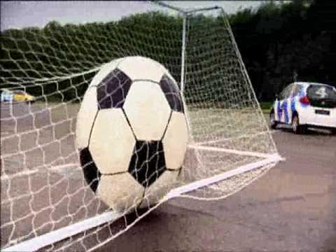 Autode jalgpall - Toyota iGo vs Volkswagen Fox