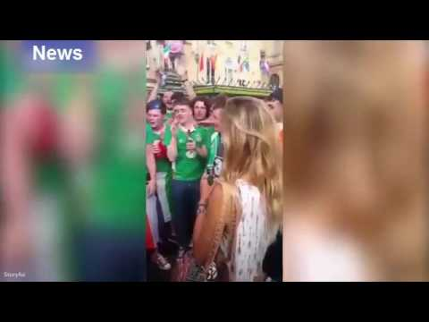 Iiri jalgpallifännid laulmas serenaadi ilusale prantslannale