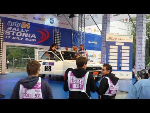 auto24 Rally Estonia 2016 - 1. päev, stardipoodium, Annie Seel